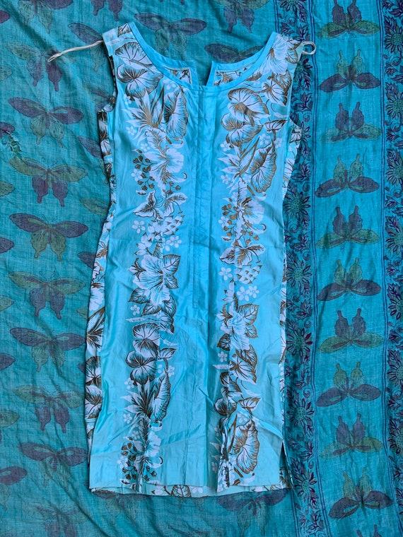 1950s Aqua Hawaiian Tiki Sheath Dress - image 2