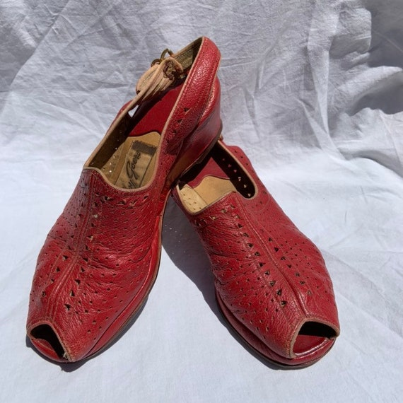 1940s Red Leather Sling Back Wedges