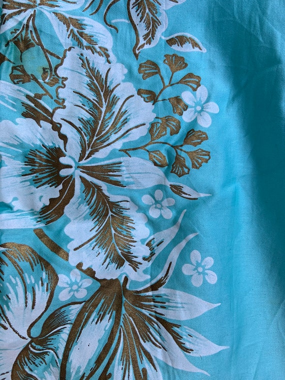1950s Aqua Hawaiian Tiki Sheath Dress - image 4