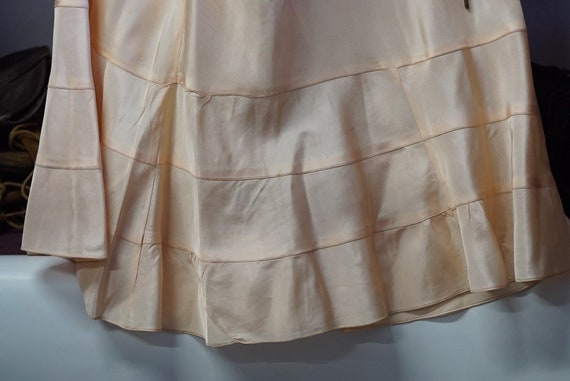 1940s Peach Satin Full Slip - image 5