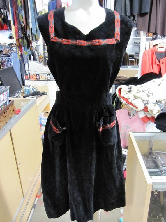 1940s Dress // Pinafore // Mid Length Jumper // Fr