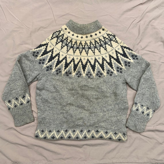 1960s Grey and White Mock Neck Ski Sweater