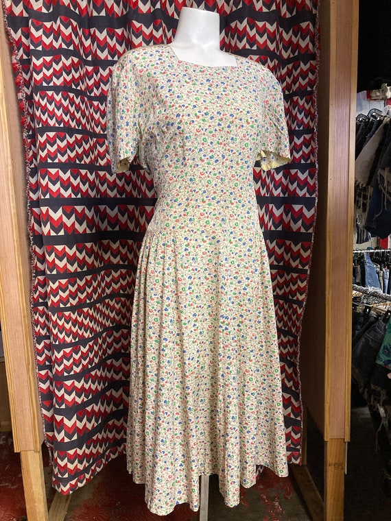 1940's Floral XL Day Dress Square Neck, Perfect SP