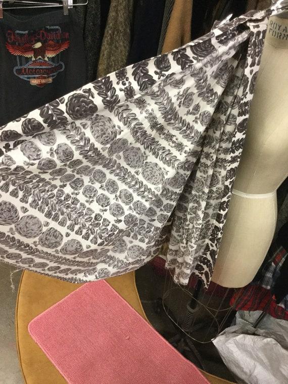 Novelty Print Cotton Waist 30 Skirt - image 3