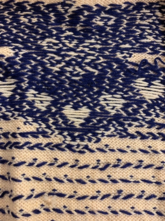 Vintage 1930s Hand Knit Blue Heart Sweater Cutsie… - image 6