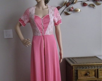2f422035628 Lovely Vintage Peignoir Robe 1930 s-40 s in Size XSmall