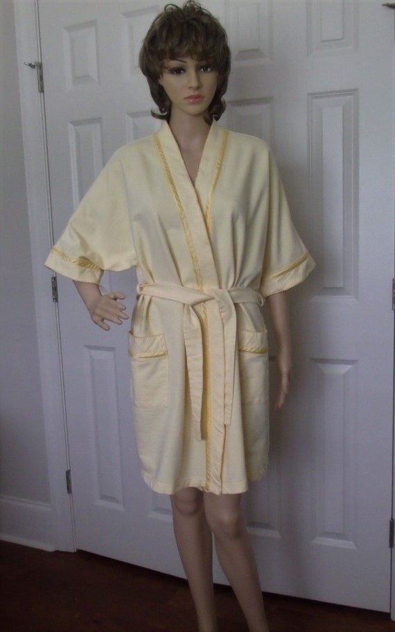 Earth Angels Robe Size 12-14 Yellow Cotton Terry,