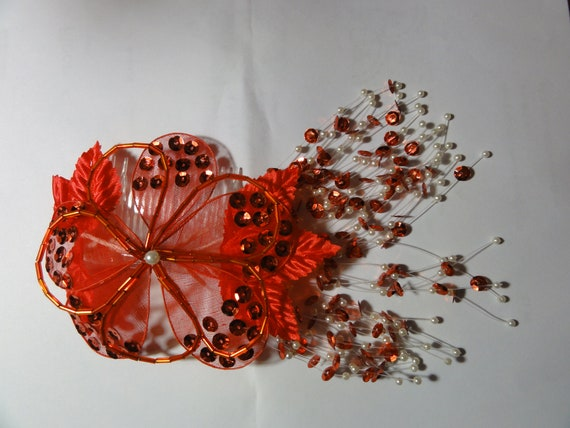 Red flowers brooch with water can charm spring 80s retro ladies gift. summer