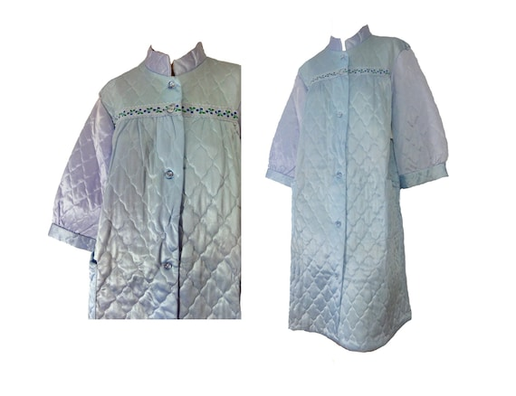 Vintage 60s Robe Baby Blue Quilted Housecoat Deads