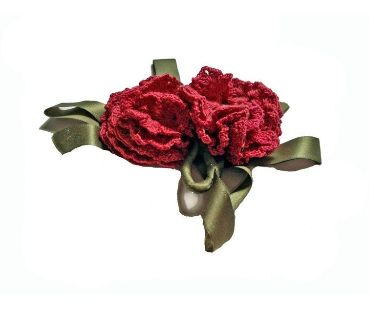 1df5cf78a90 Vintage 50s Corsage Crochet Flower Lapel Pin Boutonniere Hat   Etsy