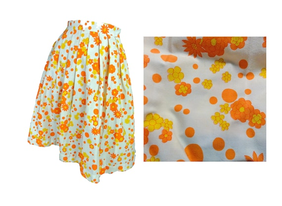 Vintage 60s Skirt Orange Daisy Print Cotton Pleate