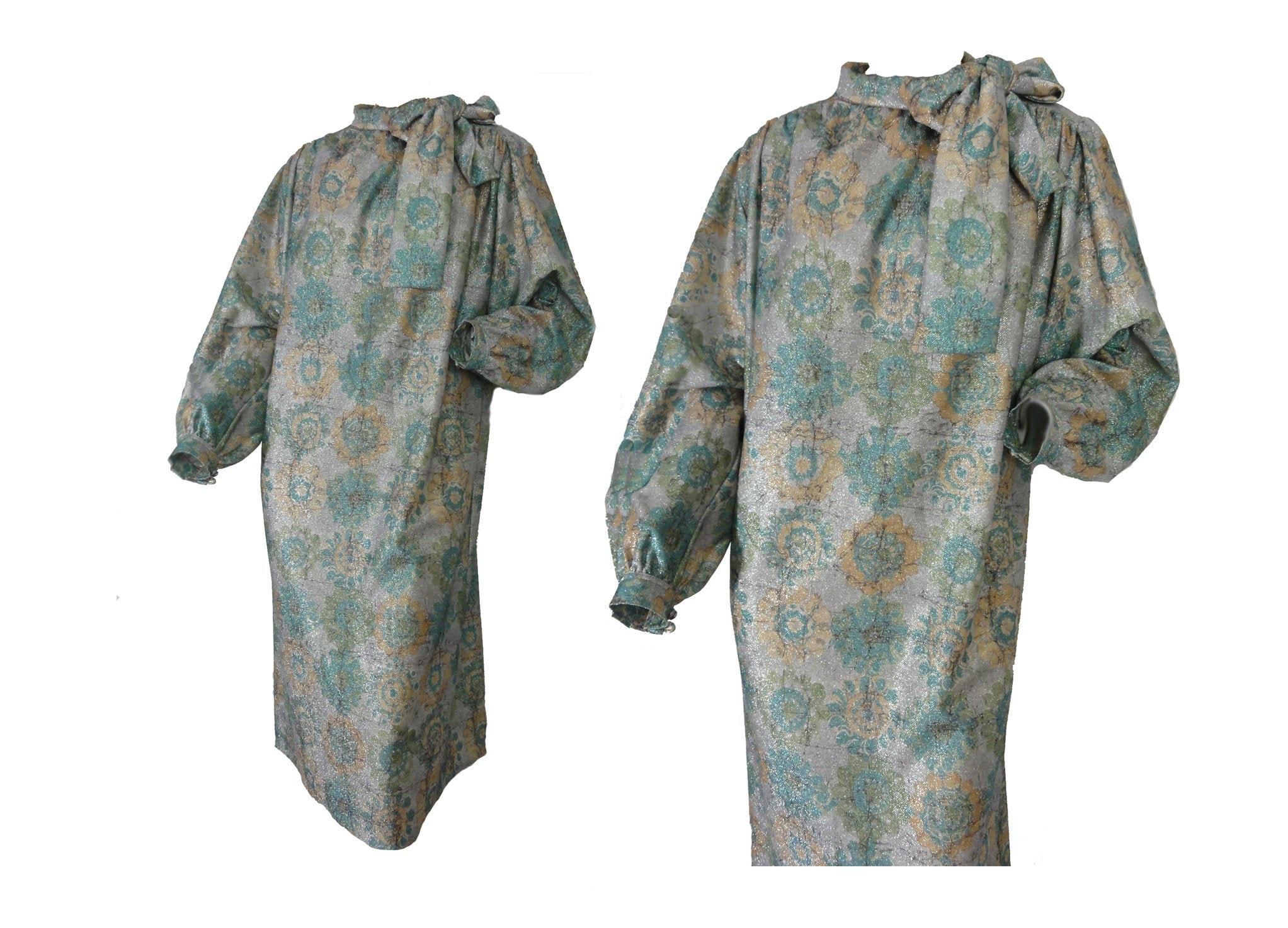 Vintage Scarf Styles -1920s to 1960s Vintage 70S Evening Dress Disco Party Sparkly Green Floral Print Lurex Knit Shift Scarf Neck Size Large $0.00 AT vintagedancer.com