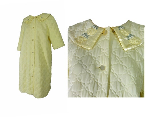 Vintage 1960s Robe Quilted Housecoat Butter Yellow