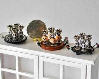 halloween dollhouse miniatures spooky miniature dollhouse goblets choice of pumpkin or skull drinkware on tray 112th scale