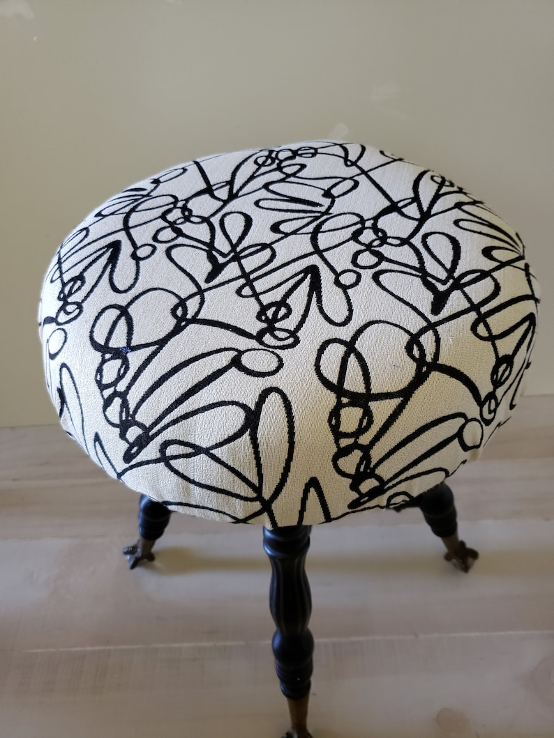 Admirable Antique Piano Stool Claw And Ball Glass Feet Modern Re Upholstered Vanity Stool Black White Gold Decor Alphanode Cool Chair Designs And Ideas Alphanodeonline