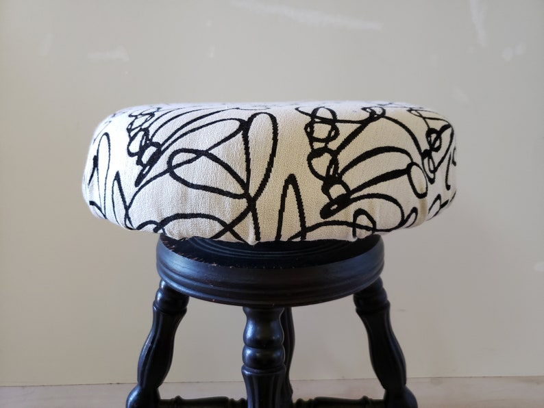 Strange Antique Piano Stool Claw And Ball Glass Feet Modern Re Upholstered Vanity Stool Black White Gold Decor Alphanode Cool Chair Designs And Ideas Alphanodeonline