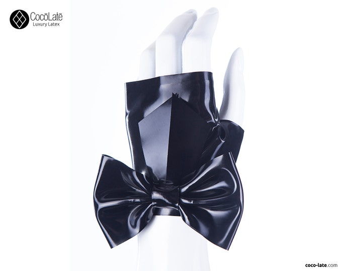Fingerless Wrist Gloves With Big Bow