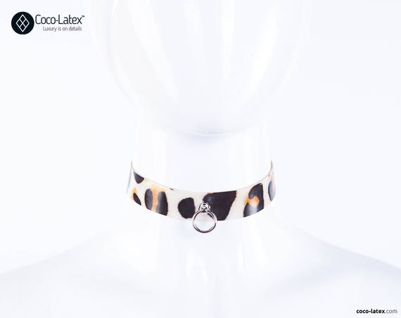 O Ring Leopard Latex Line Choker