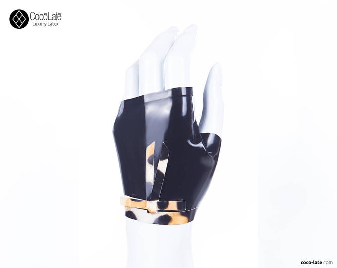 Fingerless Wrist Gloves With Leopard Bow
