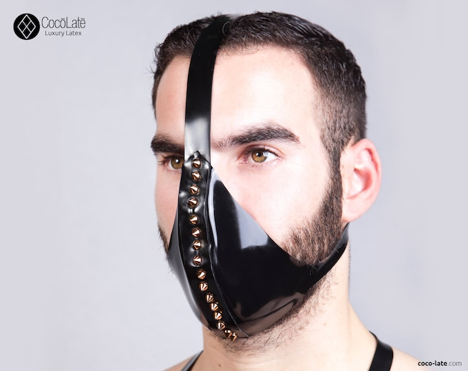 Latex Face Mask With Spikes