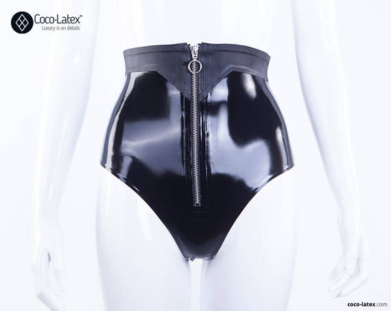 Aeon Knickers With O Ring Zipper & Belt