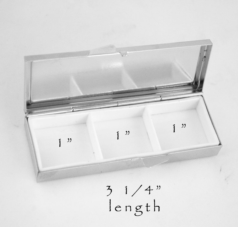 Pill Box Resin Art Vitamin Organizer 3 Compartments Medication Herb Vitamin  Storage Holder Ready to Ship Gift for Her Gifts Under 15