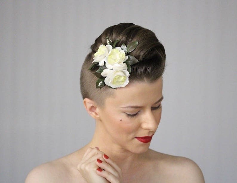 Wedding Hair Flowers White Roses Headpiece Bridal image 0
