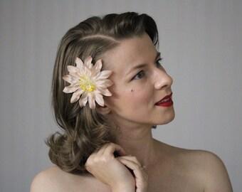 "Fall Hair Flower, Sepia Fascinator, 1950s Clip, Autumn Headpiece, Tea Stained Floral Accessory, Blush - ""Jardin de Champange"""