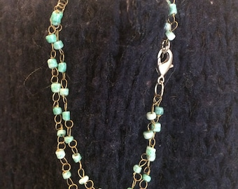Delicate Glass Bead Bracelet