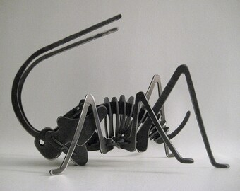 Steel Cricket Puzzle Assembled Lawn Ornament Garden Art Metal Welded