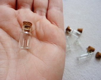 Tiny Small Glass Vials Bottles 18x10mm w Cork Stopper Wholesale Miniature Clear Jar Empty Terrarium DIY Necklace Pendant Making Craft Supply