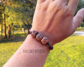 Adjustable Mens Unisex Essential Oil Diffuser Bracelet with Kiln Fired Clay Aroma Beads, Minimalist Bohemian Organic Jewelry