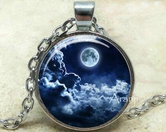 Colgante de arte blue moon, luna llena colgante, colgante de luna, Luna collar, Luna y nubes, joyería, colgante de #SP102P de la luna