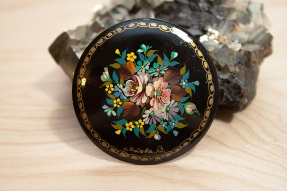 Beautiful Russian Hand Painted Lacquer Floral Bouq