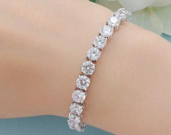 Personalized Bridesmaid Gift, Bridesmaid Jewelry, Bridal Bracelet, Wedding Bracelet, Solitaire Cubic Zirconia Bracelet, Mother of Bride Gift