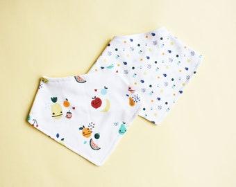 Bandana for baby w/ fruit print | organic cotton jersey dribble bib | Reversible teething bib | reversible bib | tutti frutti drool bib