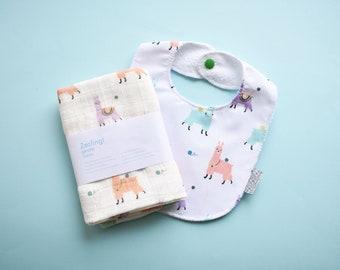 Baby Llama gift set: Burp cloth and waterproof bib | Mint and Purple llamas bib + muslin rag set | Newborn gift idea Alpaka muslin and bib