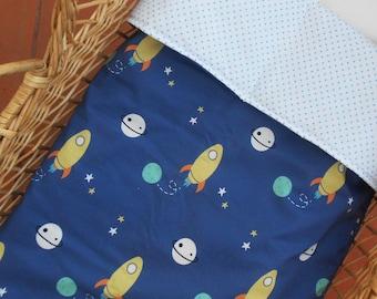 Outer Space Baby Blanket | Moses basket duvet reversible | Modern baby bedding | Nordic nursery decor |  Zezling space shuttle planets duvet