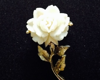Vintage White Celluloid Rose/Flower Brooch