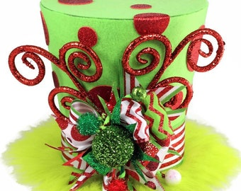 Dr Seuss theme, The Grinch theme, The Grinch who stole Christmas, The Grinch Christmas decoration, Grinch decor,  The Grinch tree topper