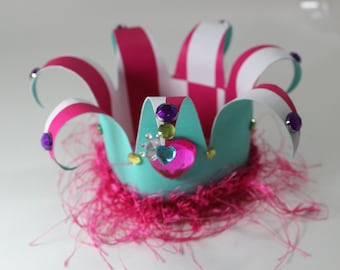 Girls birthday crown, mini mouse theme party, queen of hearts crown, hat, crown.