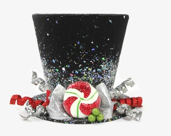 Christmas tree topper ,Top hat tree topper, Christmas table decoration, Silver and Red Christmas decoration New monogram option