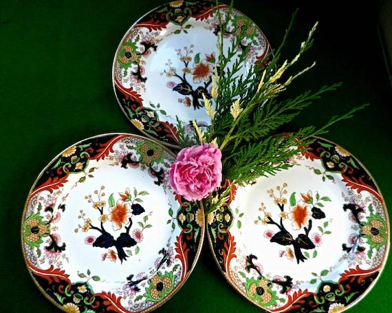 3 Royal Doulton Matsumai pattern porcelain tea plates in Imari style