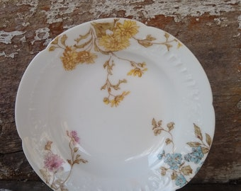 Limoges Egg trinket or ring dish Perfect for an engagement ring!