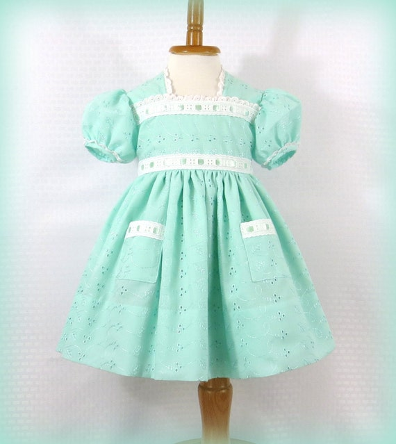 Baby Girl Dress Size 18 To 24 Months Vintage Style Heirloom Quality Mint Green Eyelet Lace Fully Lined Handmade Special Occasion