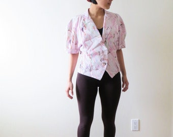 little shoulder pads shirt Size XS. short sleeves big collar blouse 1980s Gulins tiny floral