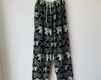 81265dc8a3 Elephant print pants 90s Boho Gypsy Loose Fit Wide Leg Drawstring Elastic  Waist Pocket Thailand Yoga Lounging pants Womens Large