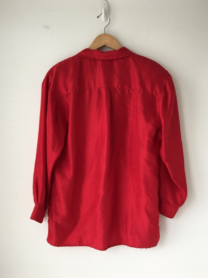 cb76f161f8a Red silk shirt 80s Button down Long sleeves Plus size small