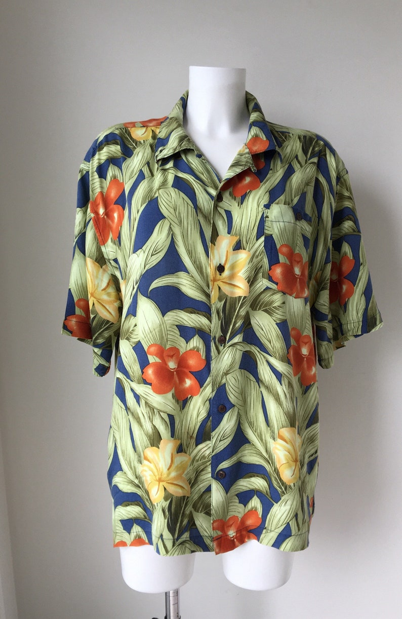 88a80101 Tropical shirt Hawaiian Bold Floral leaves Long Loose fitting | Etsy