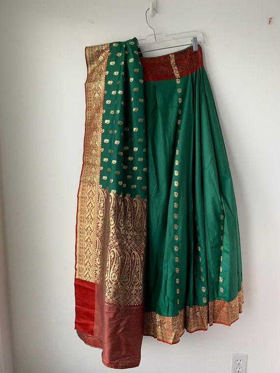 Lehenga Pakistani skirt Green Gold Brocade Ethnic
